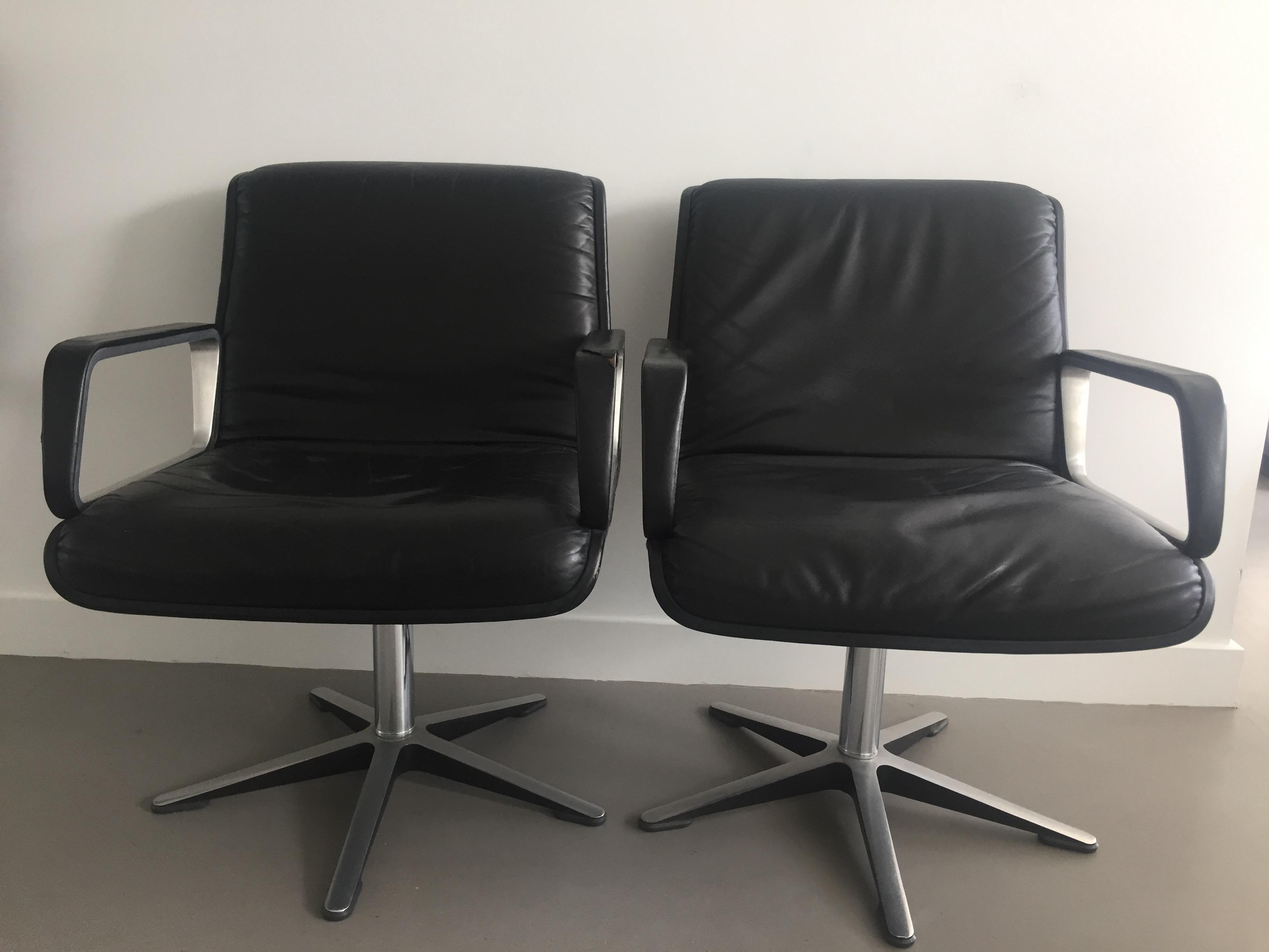Vintage fauteuils wilkhahn design zwart leer eigenaar